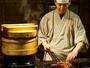 おくどさんで炊いたカマド御飯。コシヒカリをより美味しく、お料理の味が引き立つよう炊き上げます。