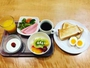 フルーツたっぷりの朝食