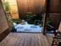 テラスから続くK-STYLE自慢の坪庭。日々の喧噪を忘れゆっくりと流れる古都の時間をお過ごしください。