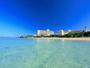 沖縄本島屈指の透明度を誇る珊瑚礁の海と亜熱帯植物に囲まれた楽園