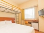 ◆スタンダードダブル+ロフトベッド◆ 15平米【ベッド幅160cm×1 ロフトベッド幅90cm×1】