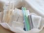 アメニティ:洗顔料・化粧水・ボディスポンジ・歯ブラシ・歯磨き粉・タオル・スリッパ・ヘアブラシ・ウェア