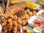 【朝食バイキング】箱根ベーカリーのパンが食べ放題♪ミニサイズのパンを取り揃えております!